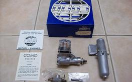 NIB COMO 40 with carb and muffler