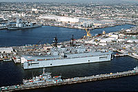 Name: 800px-USS_Kinkaid_(DD-965)_in_floating_drydock_Steadfast.jpg
