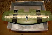 Name: Sandancer_Starmax Gunfighter_Build_Elevator_4-06-2011_0002.jpg