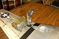 Name: Sandancer-Starmax Gunfighter_Build_Landing-Gear_5-17-2011_0005.jpg
