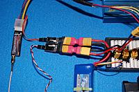 Name: Sandancer_Quanum_Remote-Monitor_01-29-20120006.jpg Views: 80 Size: 229.8 KB Description: The Quanum TEMP/AMP module with the reverse polarity adaptors.