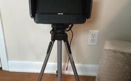 "9"" Philips Monitor w/ FlySight 5.8 400mw Vtx/rx & Tripod"