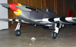Hangar 9 P-51D Mustang 40