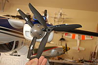 Name: DSC_4223.jpg Views: 215 Size: 110.3 KB Description: Difference in prop sizes between the A-RC (back) and the FF (front).