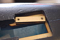 Name: DSC_4236.jpg Views: 178 Size: 120.5 KB Description: Wood mounts that were not glued in correctly.