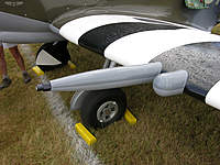 Name: guns-port-wing.jpg