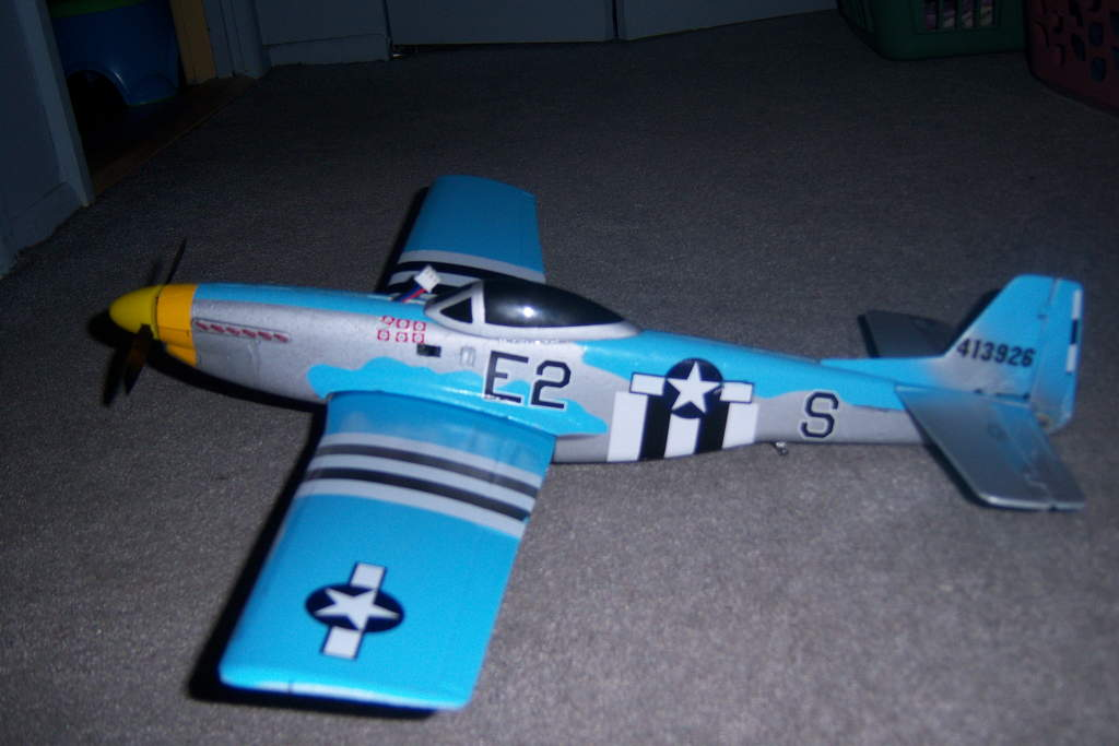 USING HER AS MY PROTYPE TEST BED IS PAYING OFF TO IMPROVE THE COX P-40 FROM GRAVITYHOBBY