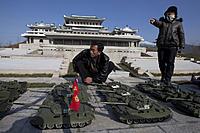 Name: n22_82647432.jpg Views: 18 Size: 222.1 KB Description: North Korea deploys model tanks against our model aircraft