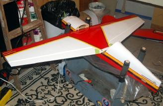 The wing is attached to the fuselage in order to measure and align the horizontal stabilizer.