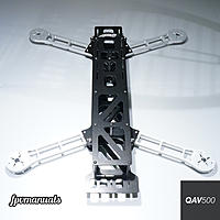 Name: qav500-front.jpg