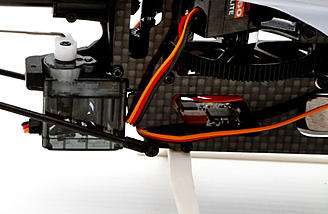 Digital high-speed Spektrum  nanolite rotary servos.