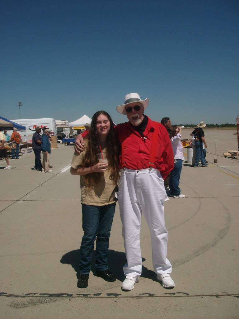 My youngest daughter and her grandfather, member of Merced Modelers Club.