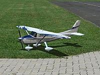 Name: Cessna 182 Skylane Gold Edition b.jpg
