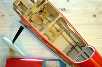 Interior of fuselage with hatch removed - a very light structure!