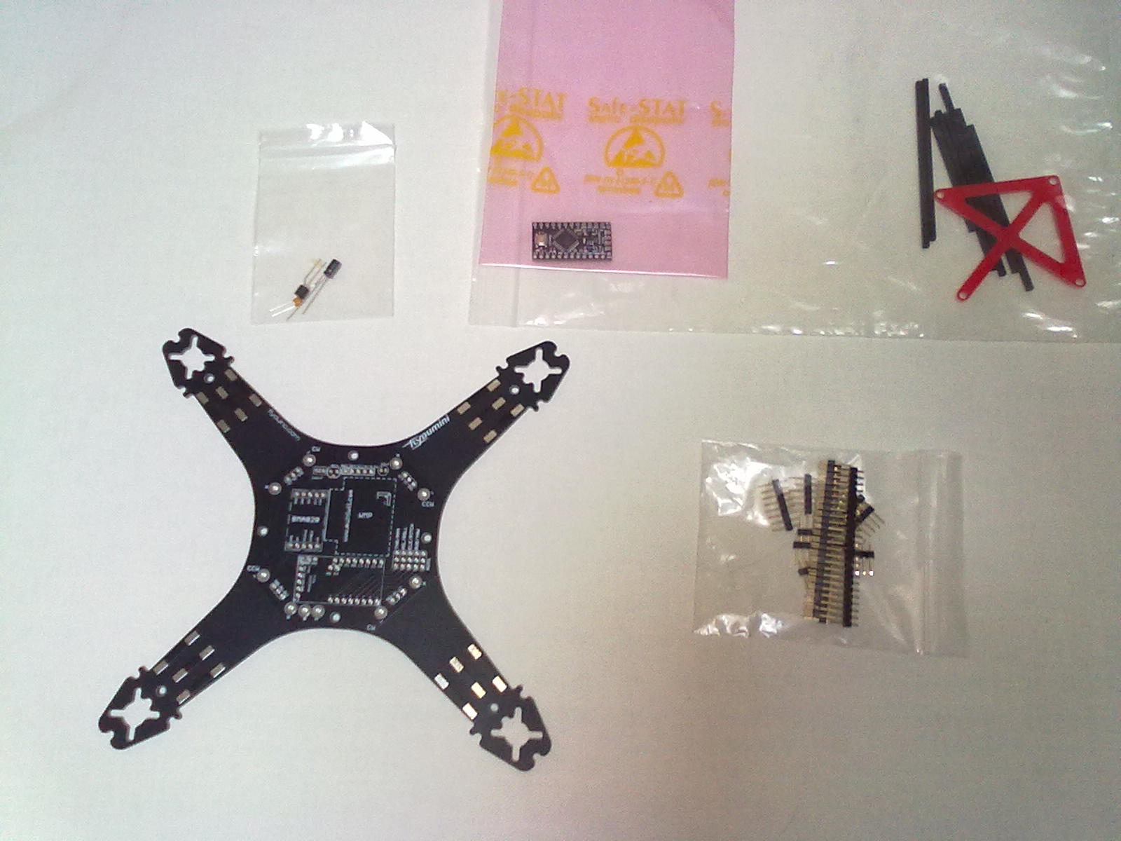 As it arrived from flyduino.com....