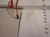 Name: DSC05892.jpg Views: 7 Size: 430.3 KB Description: Locate the aileron control surface horns