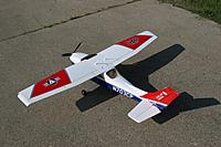 Name: Cessna182.005sm.jpg