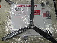 Name: IMG_1453.jpg Views: 287 Size: 204.8 KB Description: MAS 16x10 3 bladed props