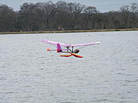 """Name: Copy of M Dr 02.jpg Views: 157 Size: 109.9 KB Description: Malcolm's curious OD """"Drifter"""" with it's independently sprung floats. Flew remarkably well in the breeze."""