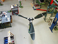 Name: prop_assemb4.jpg
