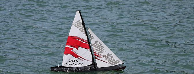 Thunder Tiger Naulantia 1 Meter Racing Yacht RTR Review