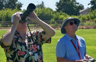 Author taking still photos while the Modesto club president, Bernard Simpier, flys the DG-1000.