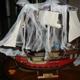 Here the cobwebs have been added to the ship.