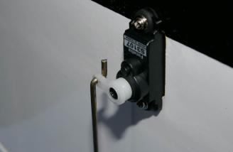 Z-iss is the way I attached the push rod to the aileron servo.