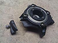 Name: Hirobo_broken_swashplate-02.jpg