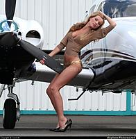 Name: aviation_girls_11-588x599.jpg