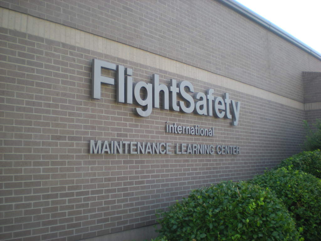 Flight Safety Cessna at the Mid Continent Airport