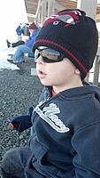 Name: 255.jpg Views: 45 Size: 103.5 KB Description: My boy Wyatt looking cool, watchin planes!