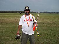 Name: Fernando with Heli.jpg