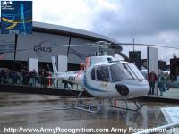 Name: Ecureuil_AS350B_Le_Bourget_2001_France_01.jpg