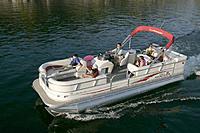 Name: l_SunTracker_PARTY_BARGE_25_XP3_Regency_Edition_2007_AI-230423_II-11158800.jpg Views: 4 Size: 116.1 KB Description: Fun on Island Lake