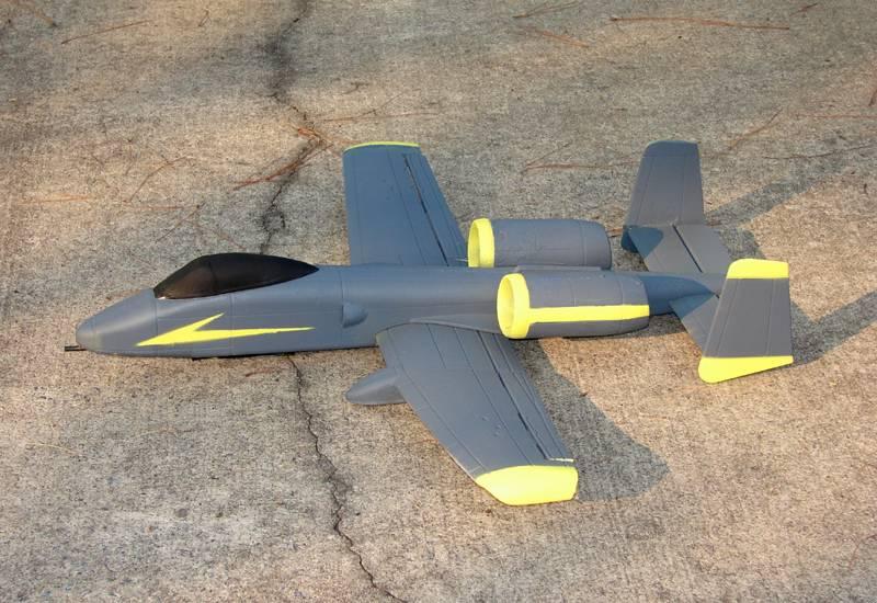 Name: A-10 RCG.jpg Views: 498 Size: 84.5 KB Description: GWS A-10 running RAZOR 400's