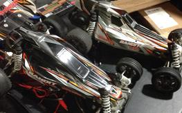 2 traxxas bandit rollers