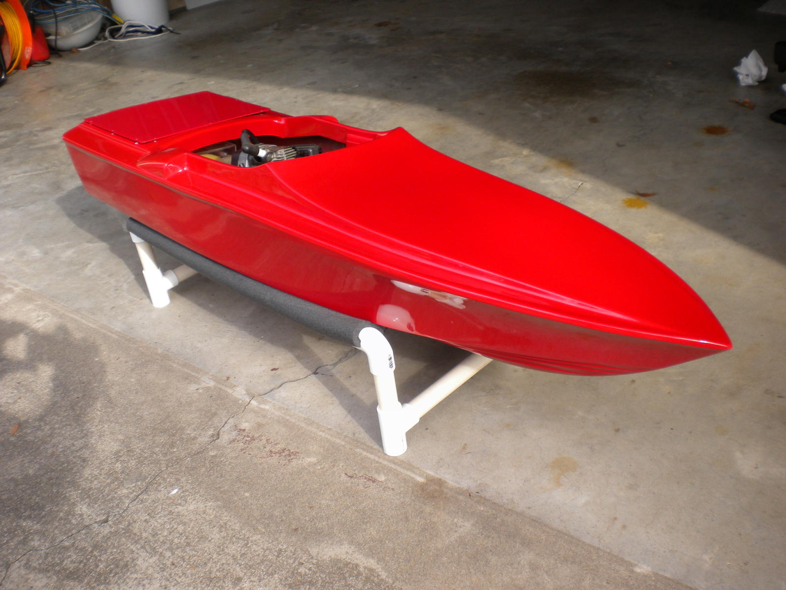Name: RED BOAT 008.jpg