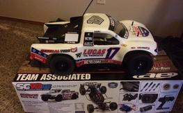 Associated Sc10 RS RTR open box new !