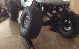2 axial scale/crawlers