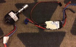 Eflite 480 960Kv Motor and 30A Esc