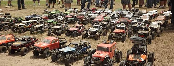 This is the calm before the storm.  Drivers lined up according to class;  Ultra made up the front row as they will be sprinting, 2.2/Wraith�s for the second batch and 1.9′s for the third wave. ---- Axialfest 2012 / Photo by: Matthew �Skeeno� Soileau