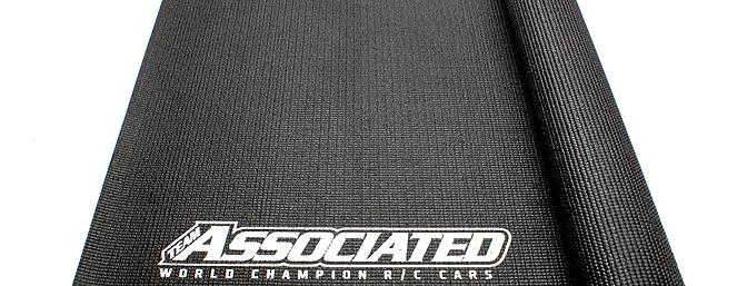 The Team Associated Pit Mat, item no. sp30.
