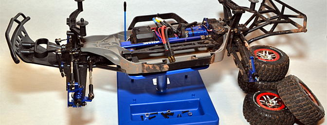My Traxxas Slash 4x4 fit easily on the stand and stayed put thanks to the rubber inserts on the top plate.