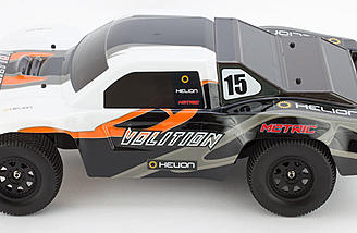The prepainted short course body has a cool looking race-inspired paint scheme.