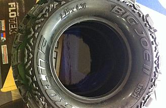 "The Pro-Line Big Joe II 2.2"" tire (item no. 10105-00)"