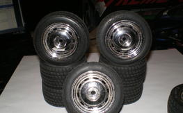 1/10 scale RC   Tamiya 2sets of Wheels 1Set of rims