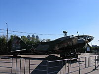 Name: 800px-Il-4_side_view_Moscow.jpg