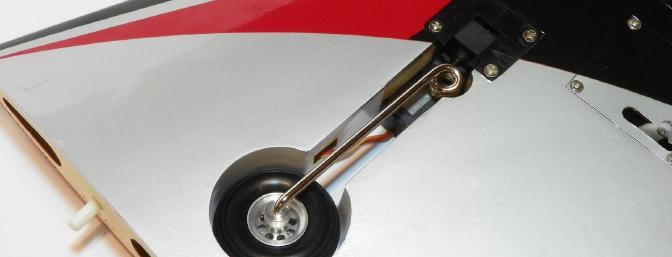 Main retract with stock main wheel.