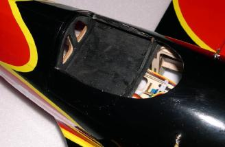 Battery hatch without canopy